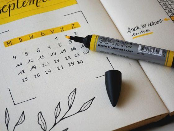 Restez organisé toute l'année grâce à votre calendrier marketing 2021 !